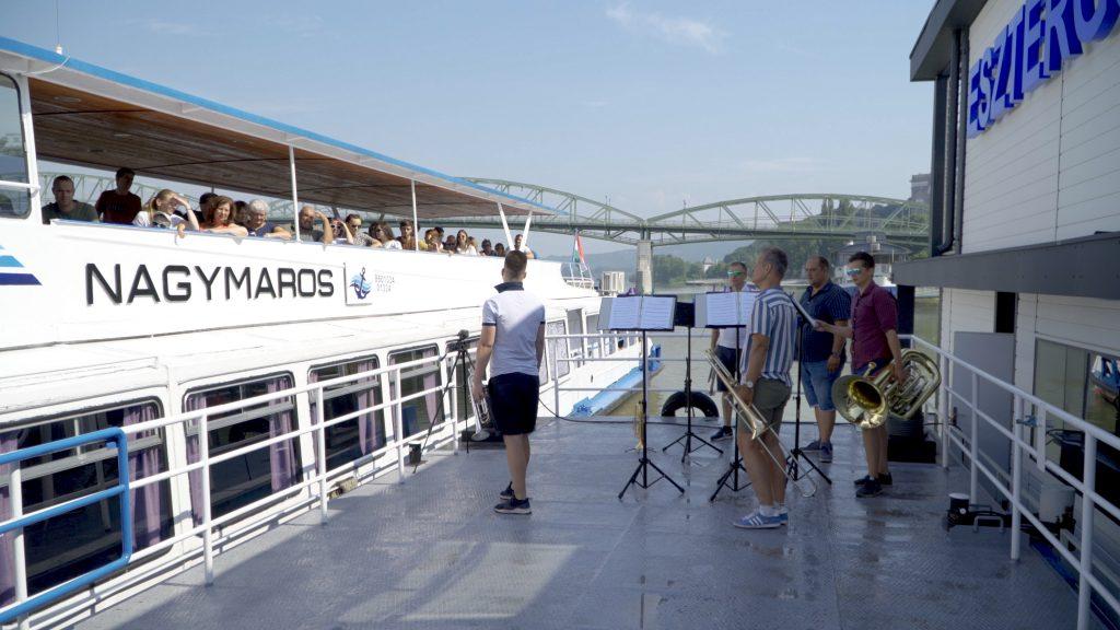 New York, New York, Esztergom – Kikötőkoncertek a Dunakanyarban